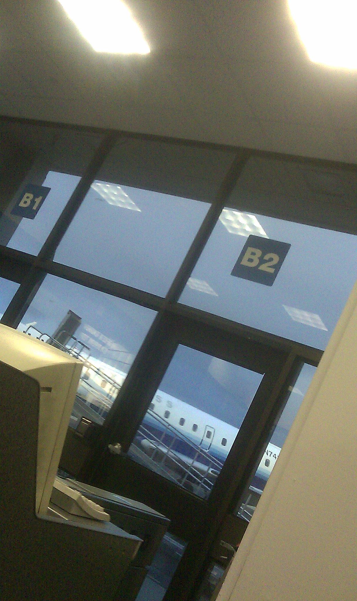 Terminal B2